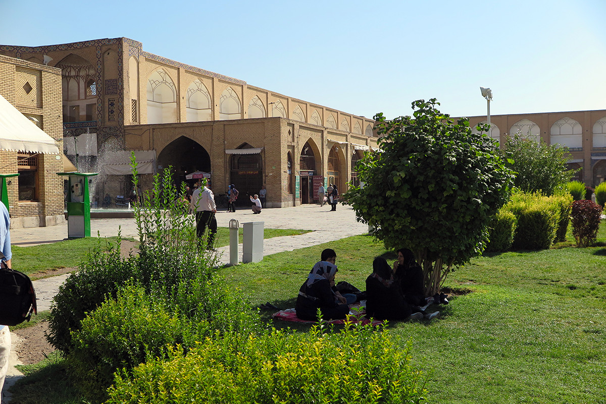 Picnicking on the Imam Square in Esfahan