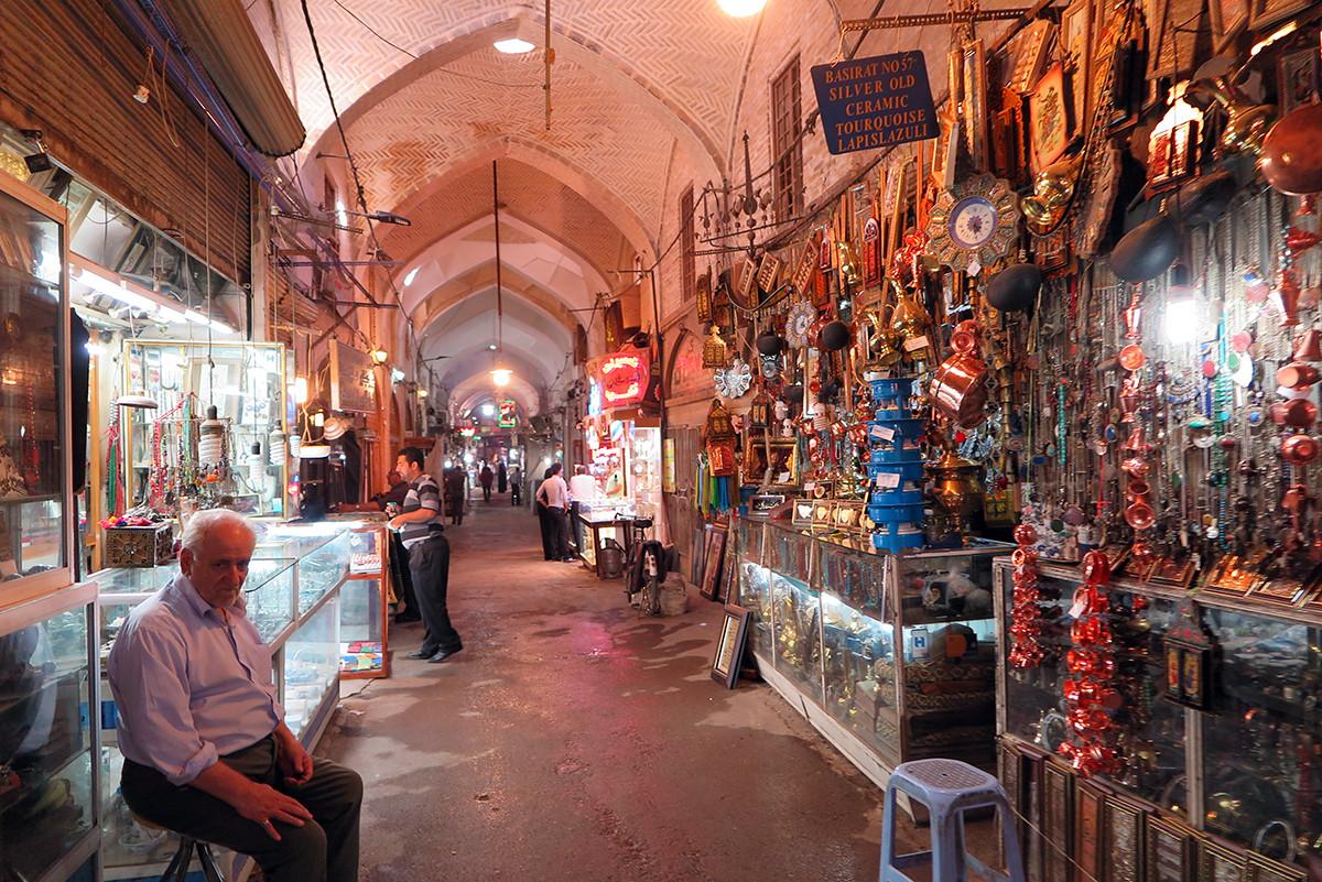 Esfahan's main bazar in the morning