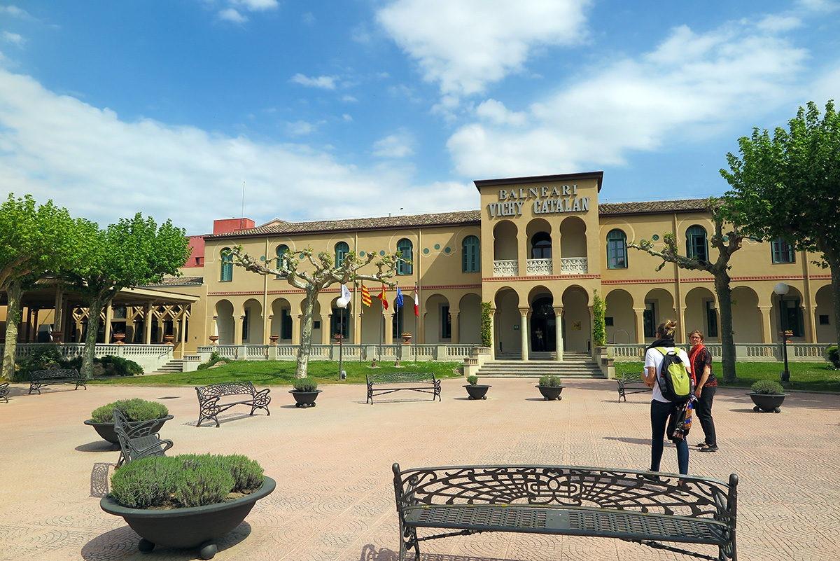 The spacious complex of Balneari Vichy, Caldes de Malavella