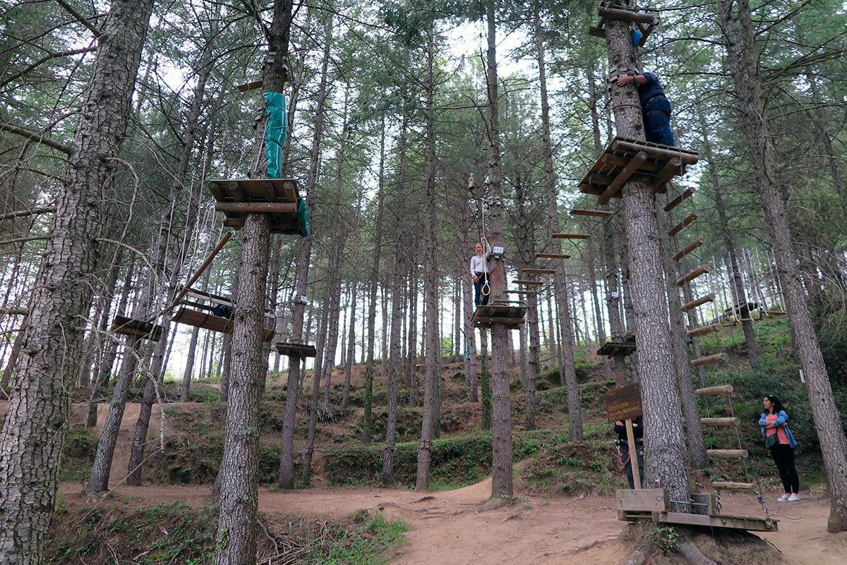 A fun treetop trail belonging to Hotel Vilar Rural Sant Hilari