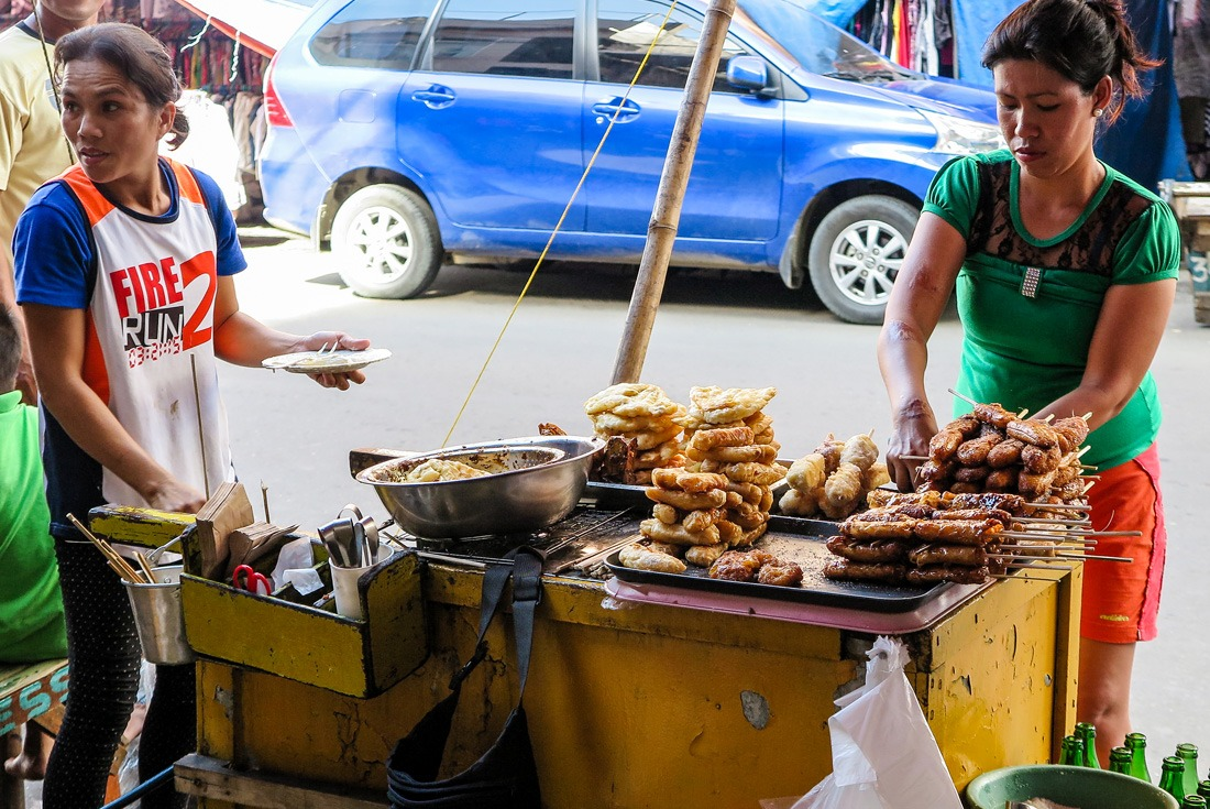 End of the food tour: fried bananas! Cebu City Philippines www.travelgeekery.com