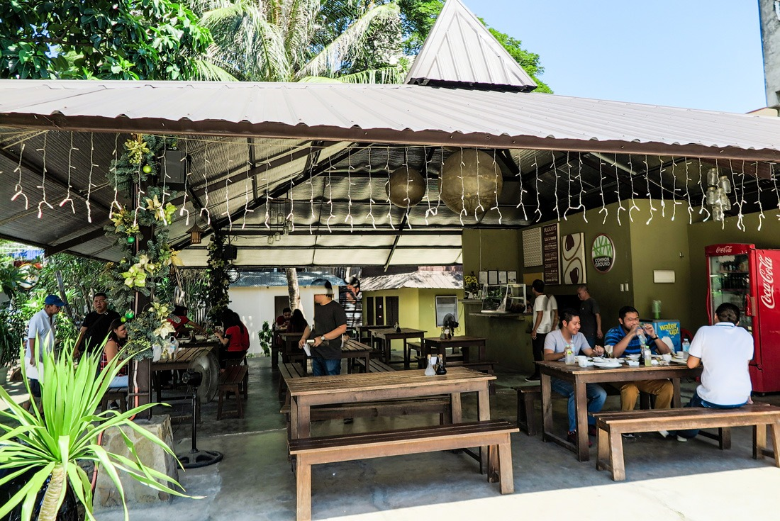Marjo's Pochero restaurant in Cebu City, Philippines www.travelgeekery.com
