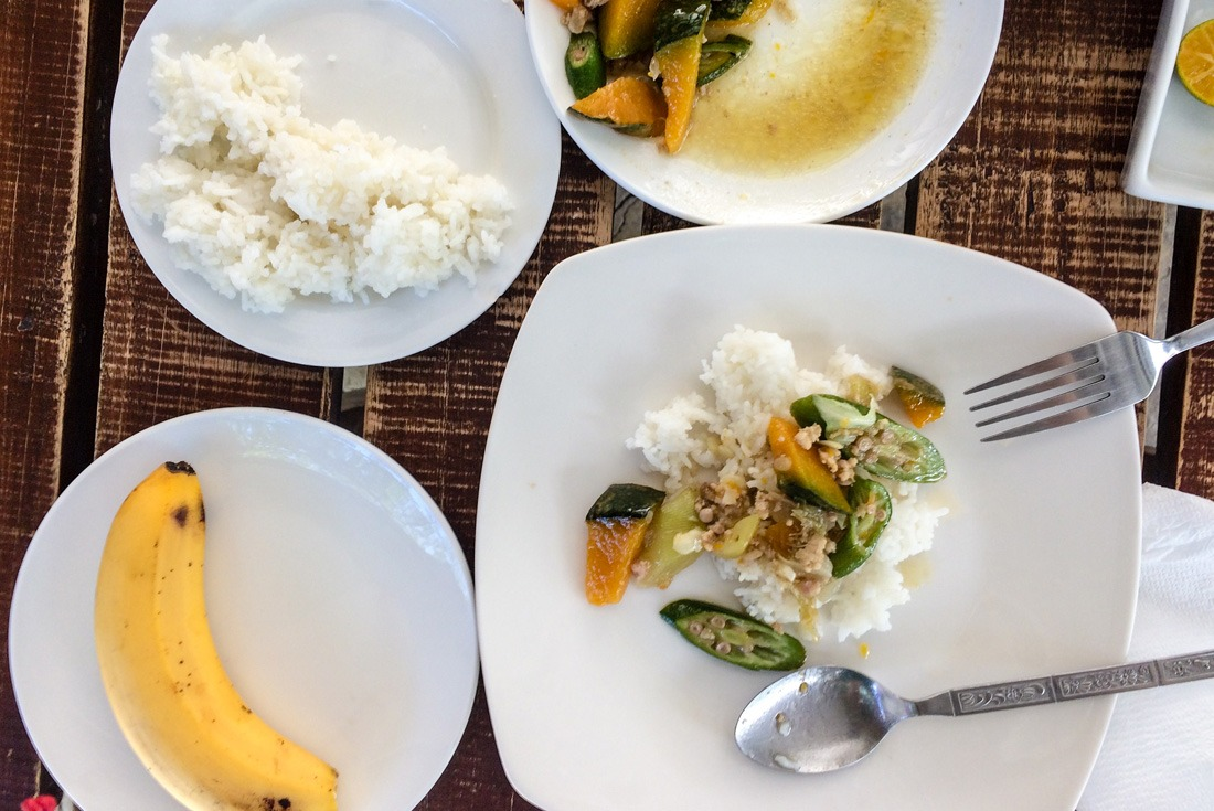 Non-meaty lunch at Marjo's Pochero, Cebu City, Philippines www.travelgeekery.com