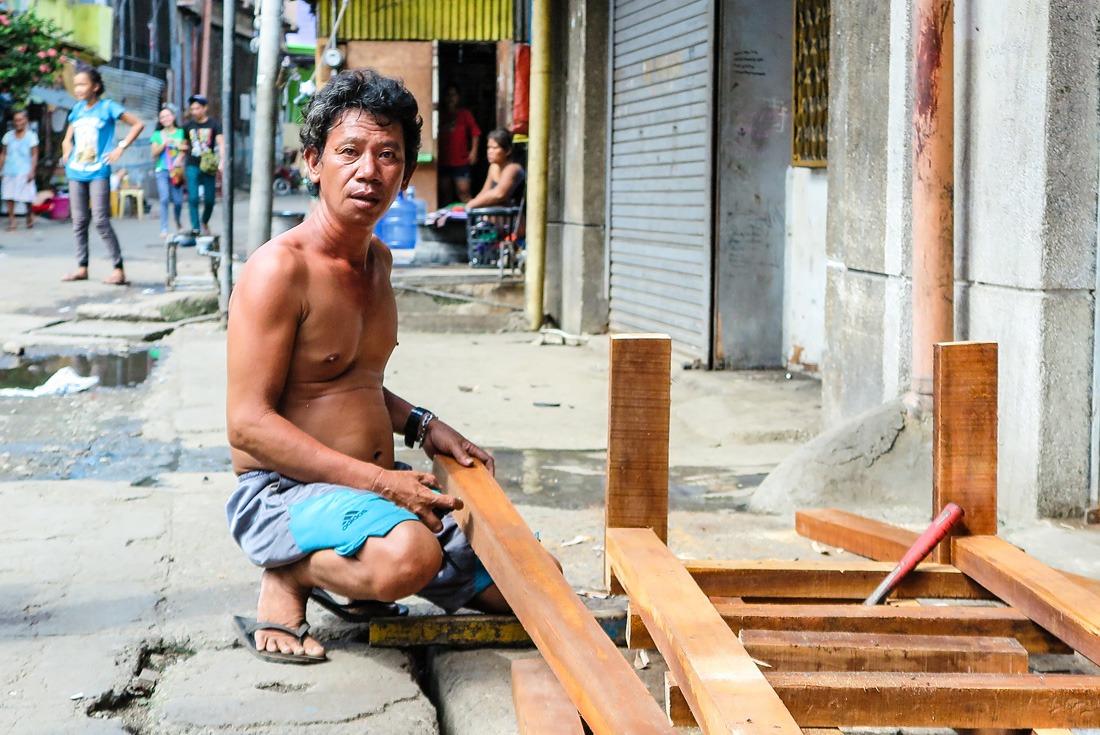 Poor neighborhoods in Cebu City Philippines www.travelgeekery.com
