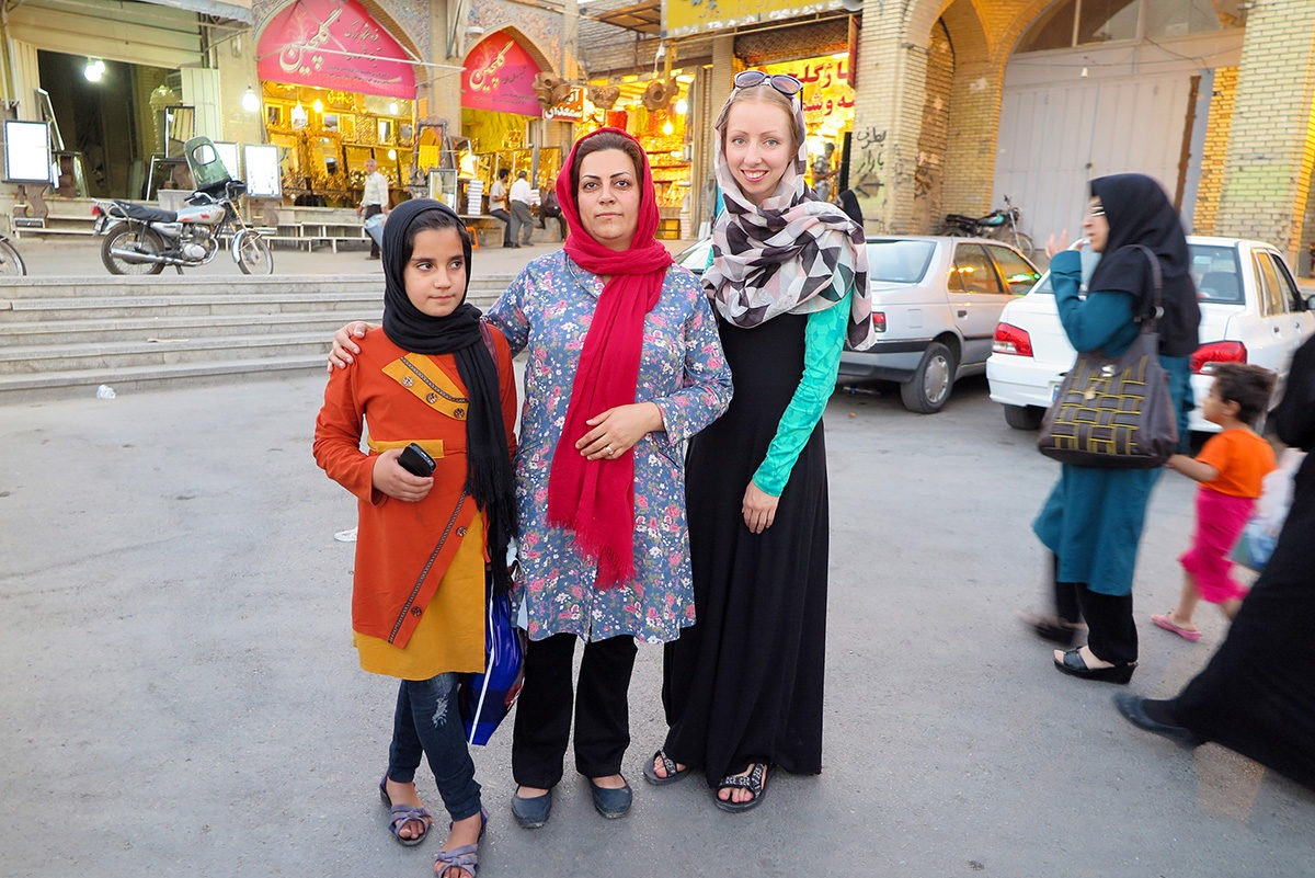 TravelGeekery's Veronika with local ladies in Esfahan, Iran