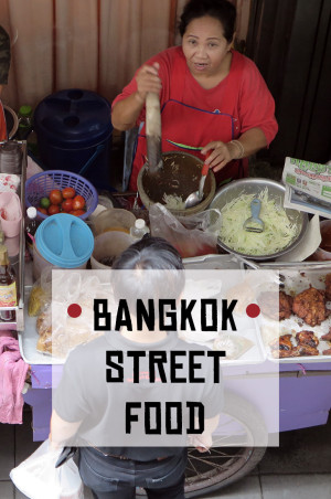 Street food in Bangkok is uber-delicious and you absolutely mustn't leave it out! Read what's good and where to have it.