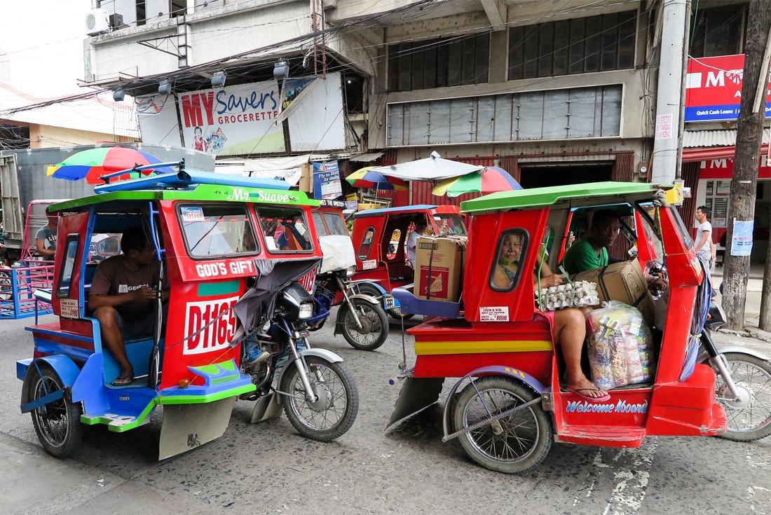 Habal habal taxis in Tacloban, Leyte