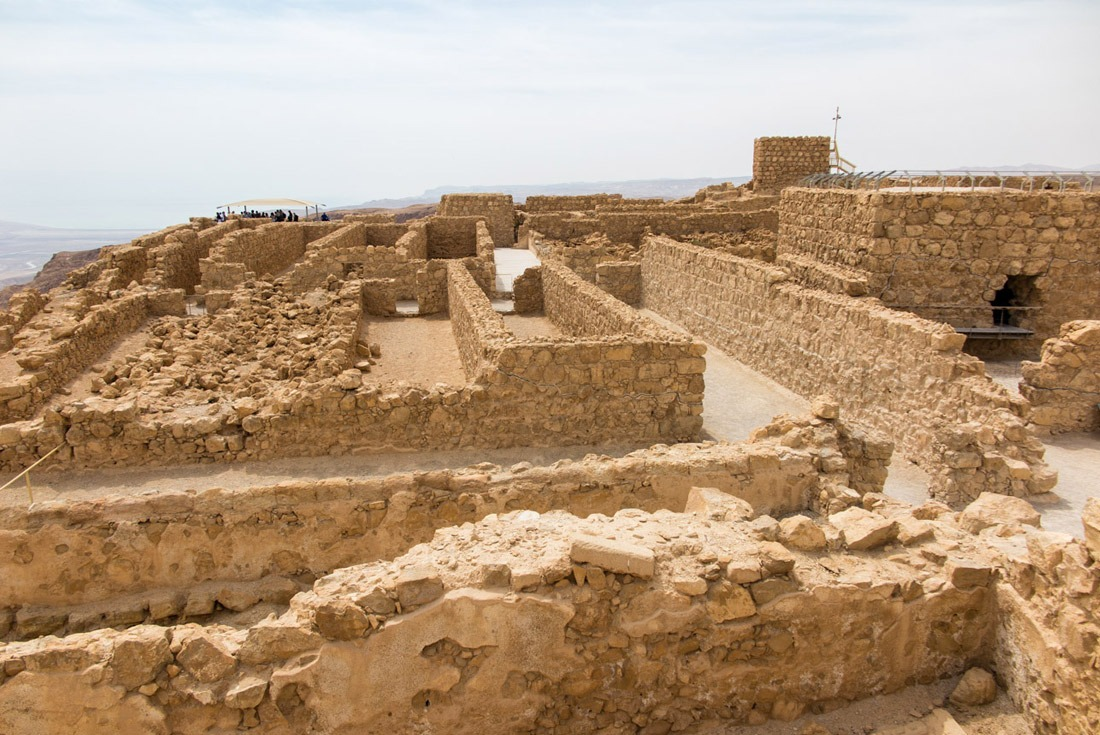 Masada: a small city or a big fortress