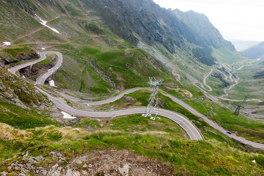 Transfagarasan Road turning into a snake towards the top
