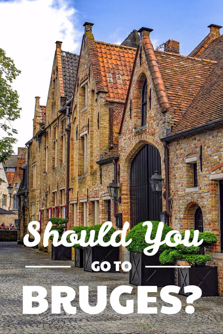 Is touristy Bruges even worth visiting? It definitely is, but you need to do it right. See how to make a visit to the beautiful Unesco heritage site and make the most of your trip. Combining Brugge with Gent will give you a much better experience.