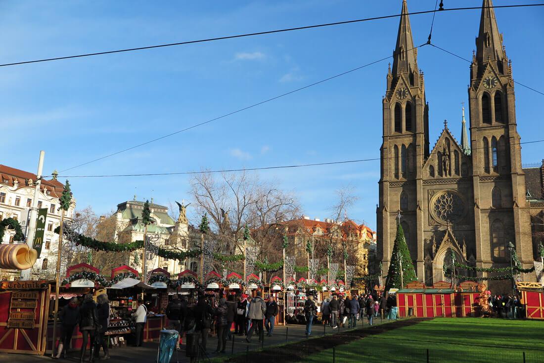 A lovely small Christmas market in Prague 2's Náměstí Míru