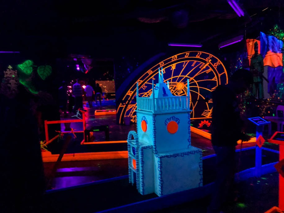 Glow Mini Golf Prague