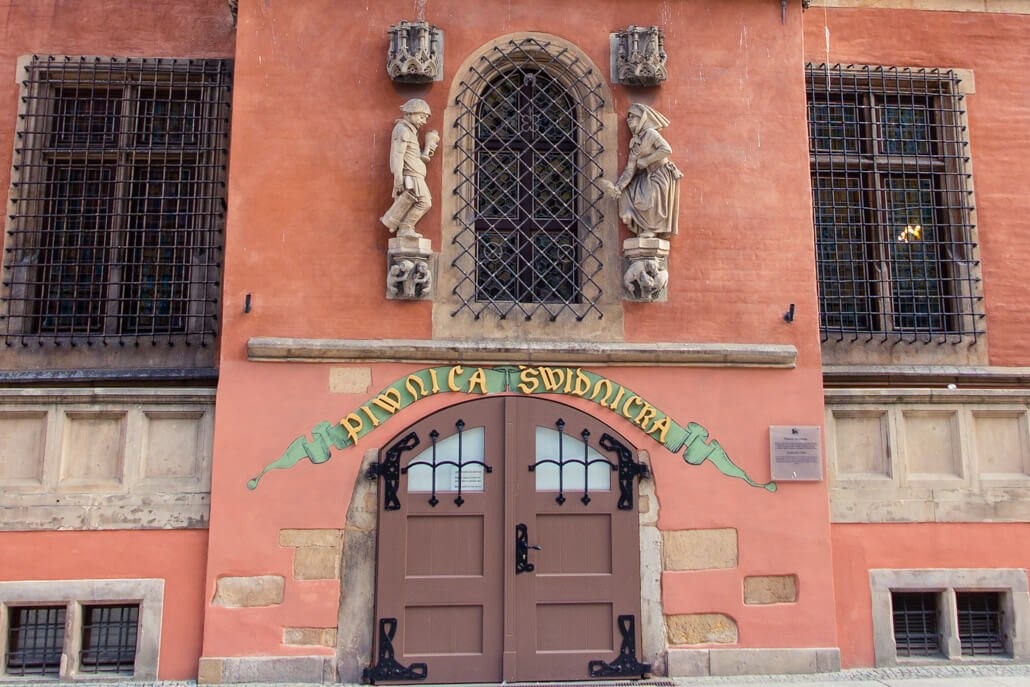 Entrance to Piwnica Swidnicka Wroclaw