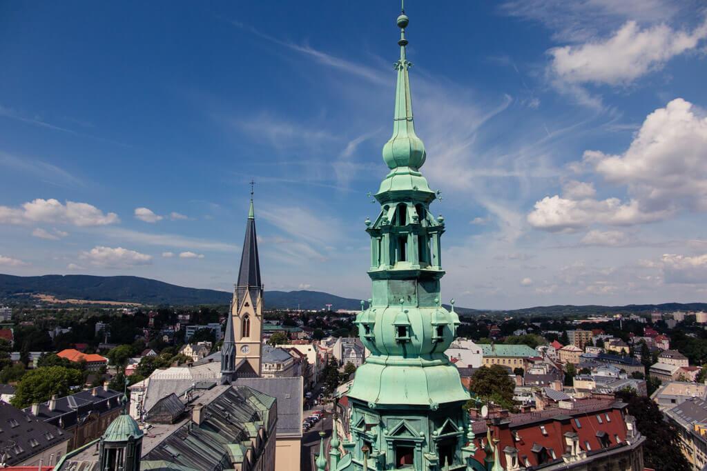 Věž kostela sv. Antonína Velikého v Liberci