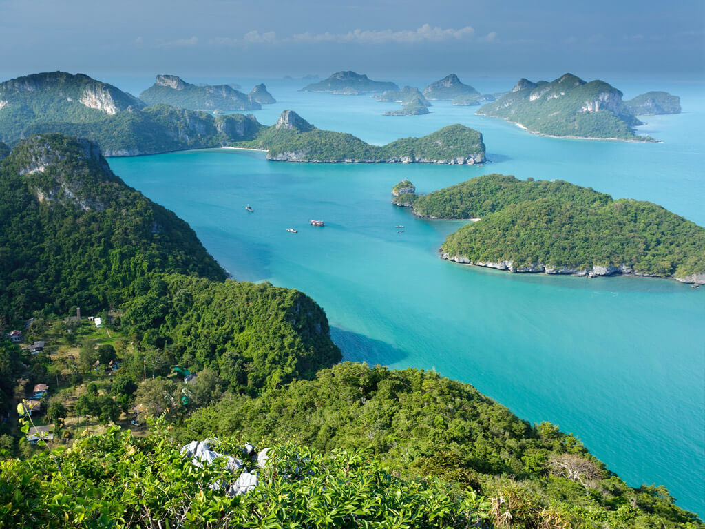 Bird's view of Thailand's Angthong Marine Park