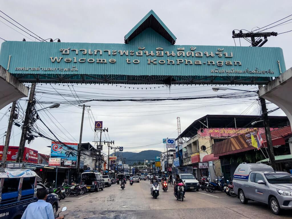 "Sign ""Welcome to Koh Phangan"""