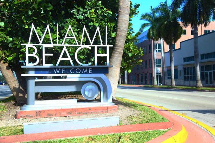 Miami Beach welcome sign