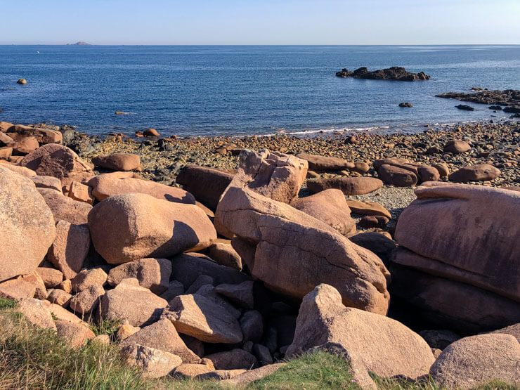 Large boulders along Pink Granite Coast in Brittany
