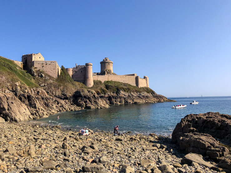 A fortress in Brittany and a little beach