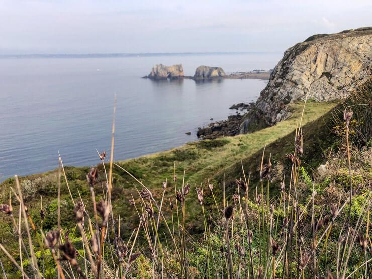 Hiking towards Camaret-sur-Mer